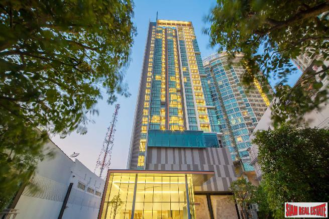 The Room Sukhumvit 69 | Fully furnished Spacious One Bed Condo  100 metres to BTS