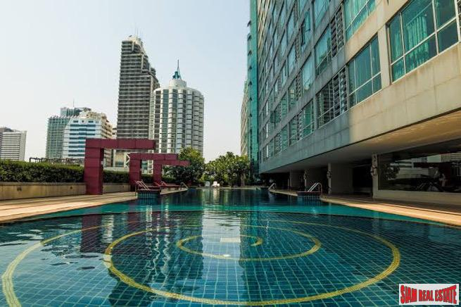 Convenient One Bedroom Condo with City Views in Asok