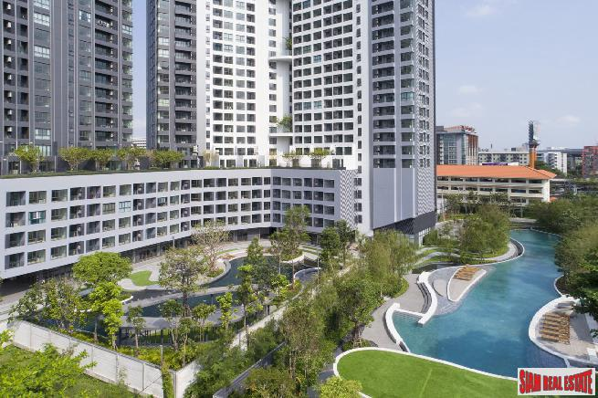 Brand New One Bed Condos with Huge Park Area and Extensive Facilities at Bangna, close to BTS