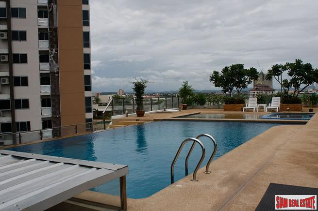 Two bedroom in a lovely position overlooking Pattaya bay.