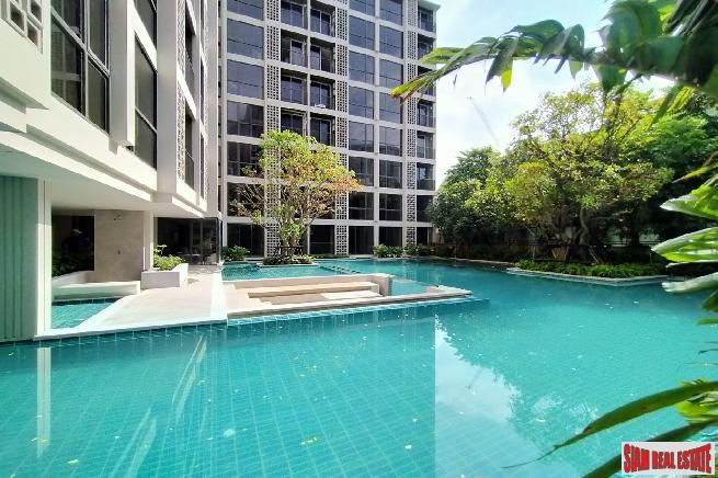 Newly Completed Furnished Condos by Leading Thai Developers next to BTS Onnut - 5% Rental Guarantee for 1 Year!
