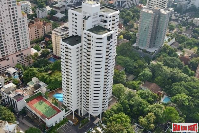 Spacious Family Style Two Bedroom Condo with City Views  in Phrom Phong