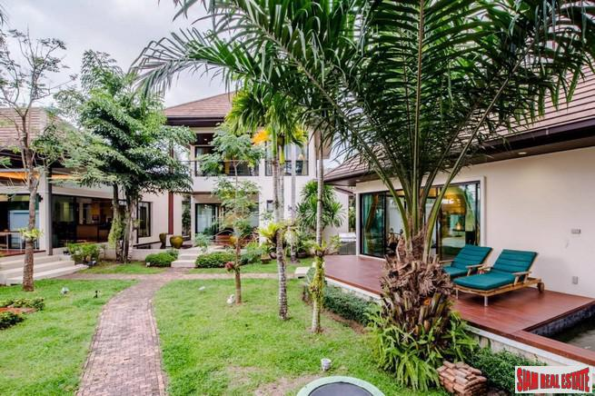 Luxurious Thai-Balinese Style Five Bedroom 12