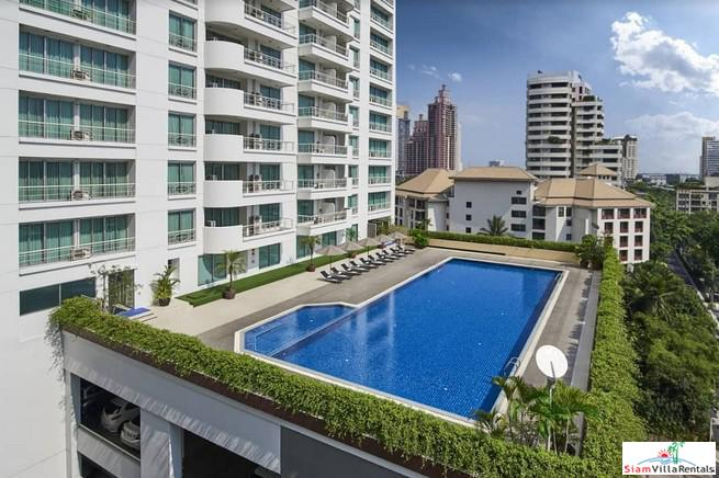 Modern & Bright Two Bedroom Serviced Apartments with City or Garden Views in Asoke