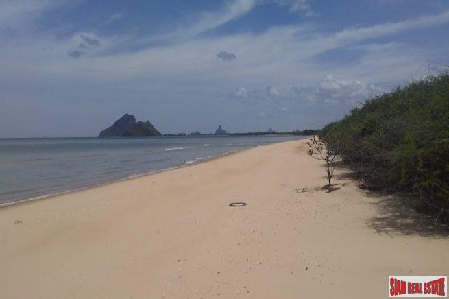 Outstanding Beachfront Land Plots Just North of the City of Prachuap Khiri Khan