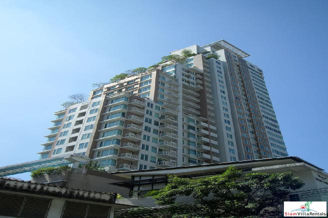 Siri Residence | One Bedroom Centrally Located and Great City Views For Rent in Phrom Phong