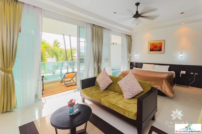 Tropical Furnished Studio with Sea 8