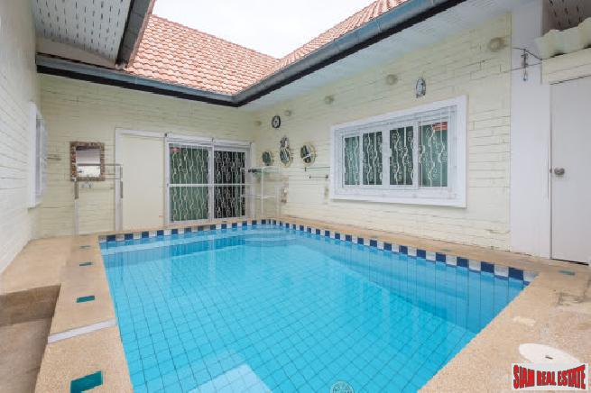Stunning 3 bedroom pool villa house for sale near beach-Jomtien