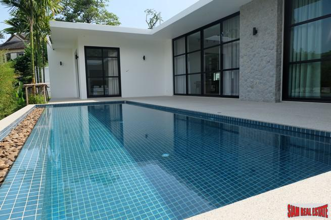 New Three Bedroom Single Storey Pool Villa in Central Rawai Location