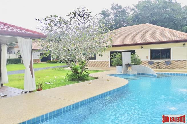 Five Bedroom Private Pool  House with Extra Large Yard in Rawai