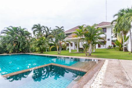 Great Quality 2 Storey Pool Villa