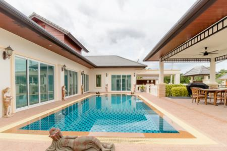 NICE BREEZE 7 : High Quality 3 Bed L-Shape Pool Villa