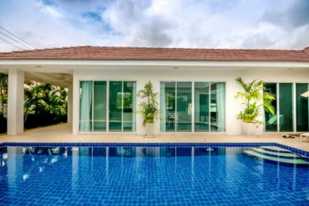 WHITESTONE VILLAS : Luxury Modern 3 Bed Pool Villa