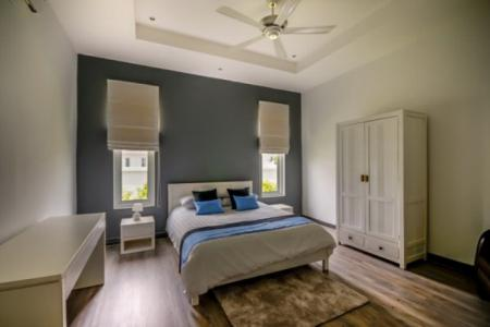 WHITESTONE VILLAS : Luxury Modern 12