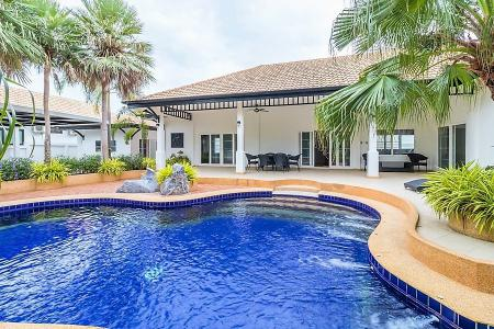 NATURE VALLEY 1: Great Quality 4 Bed Pool Villa