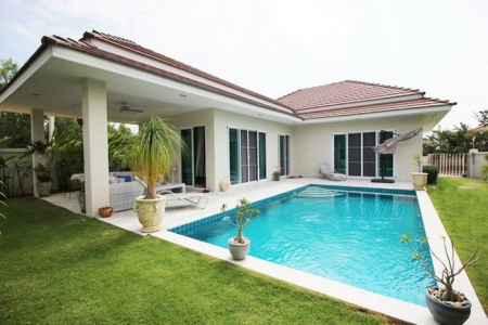 Luxury 3 Bed Pool Villa