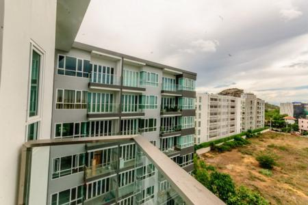2 Bed Condo in Khao Takiab