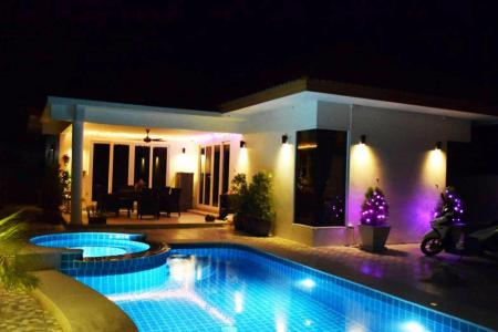 Baan Yu Yen - Pool Villas For sale between Hua Hin and Pranburi