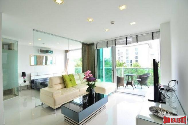 2 Bedroom 2 Bathroom Neo-Modern Residence With Convenient Beach Access, Pattaya