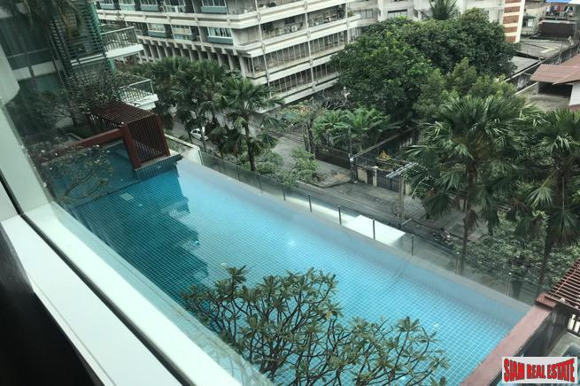 Comfortable  and Modern One Bedroom with Pool View in Asoke