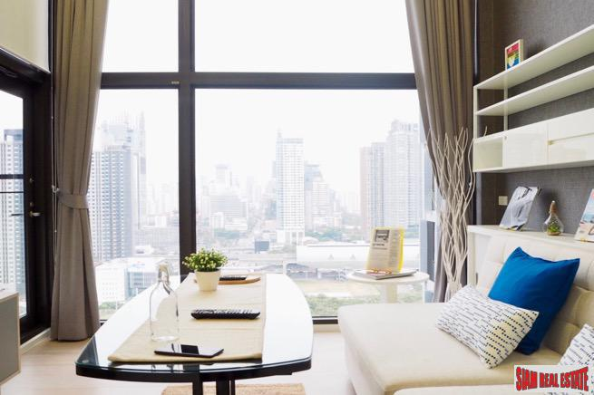 Chewathai Residence Asoke | Amazing City Views from this One Bedroom Loft-style Duplex