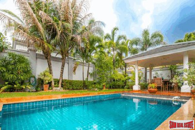 Luxury 3 bedrooms pool villa at the quiet area for sale - Khao talo