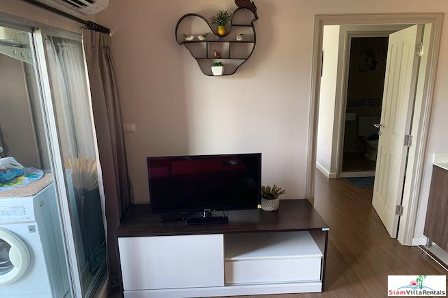 Fully Furnished Two Bedroom Corner 9