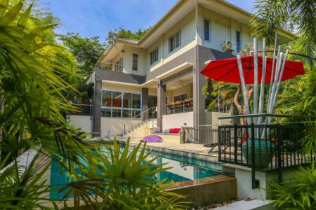 KOH SAMUI VILLA FOR SALE IN QUIET LOCATION  S1537