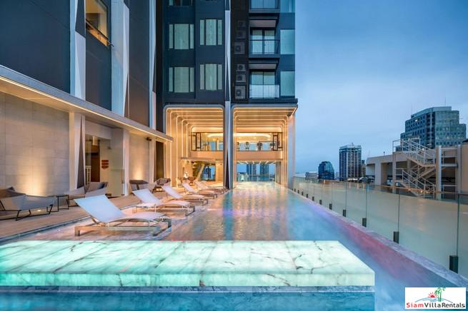 Two Bedroom Corner Condo for Rent with 34th Floor City Views in Asoke