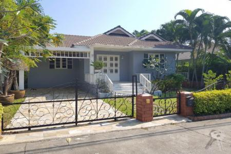 Pool Villa House for sell near shopping center in Hua Hin - 4561