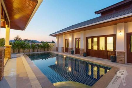 Pool Villa for sell in Hua Hin, not too far from the center and shopping mall - 4038