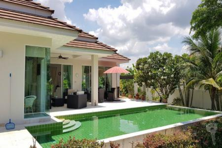 Pool Villa For sell in 14