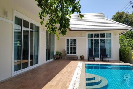 3 Bedroom Pool Villa for sell near Banyan Gold Course, 10 minutes' drive to shopping center - 4555