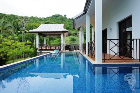 Pool Villa in Hua Hin for sell with nice View and nice living area - 4476