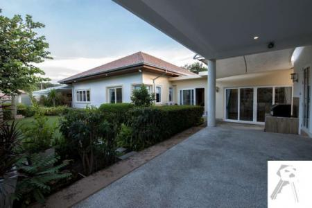 Luxury Pool Villa near Banyan Golf Course with big area, on the nice development, quiet - 4595