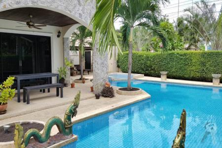 2 Stories Pool Villa for sell in Hua Hin with a big of swimming pool and living area - 4549