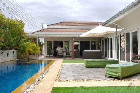 Luxury Pool Villa with 4 Bedroom for sell in the nice and quiet project in Hua Hin - 4548