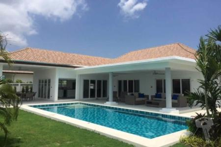 Luxury 3 Bedroom Pool Villa in Hua Hin soi 112 with 2 kitchen big living area, and lot of space - 4392