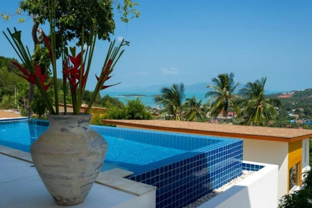 KOH SAMUI VILLA FOR SALE WITH SEA VIEWS IN PRIME LOCATION  S1449