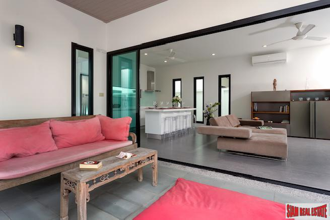 Spectacular Three-bedroom Boutique Villa with 12