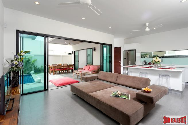 Spectacular Three-bedroom Boutique Villa with 15