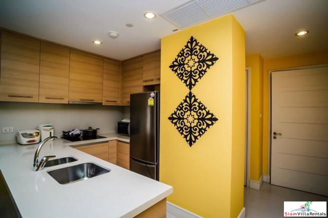 Charming Deluxe Two Bedroom Condo 14