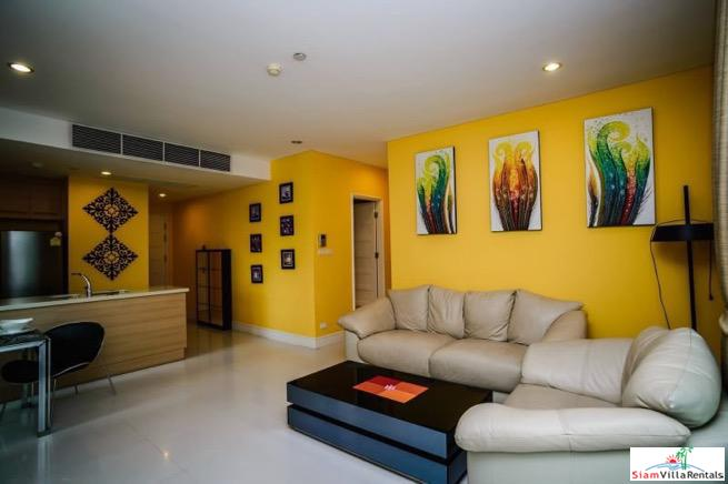 Charming Deluxe Two Bedroom Condo 17