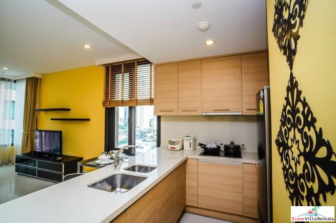 Charming Deluxe Two Bedroom Condo 8