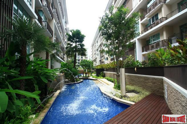 Cozy One Bedroom Condo in Thong Lo Tropical Low-Rise