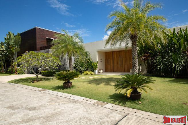 Exclusive Four Bedroom Pool Villa 14