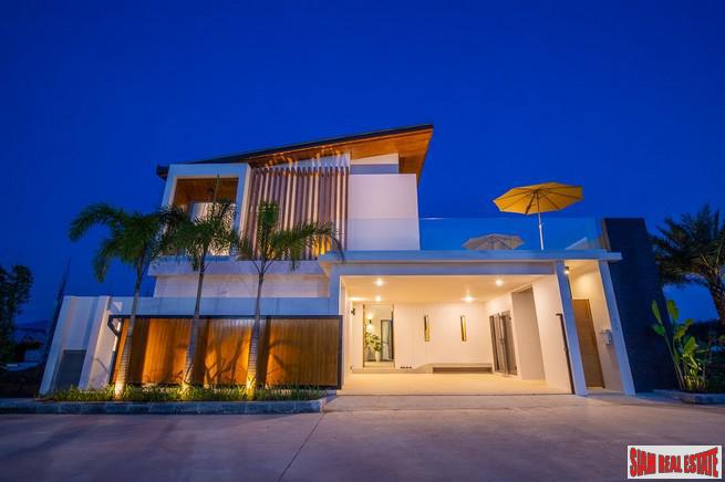 Luxury Contemporary Pool Villa Development 2
