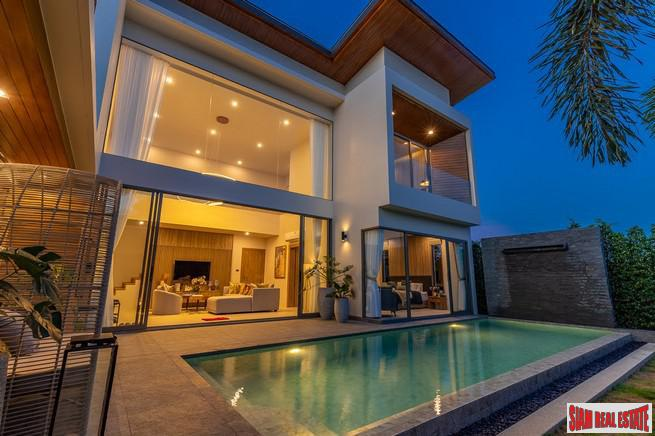 Luxury Contemporary Pool Villa Development 3