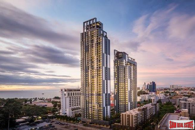 High rise 2 bedroom condo in a convenience area for sale - Pattaya city