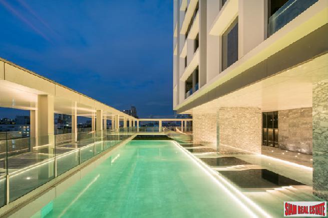 Penthouse with Private Jacuzzi Pool 6